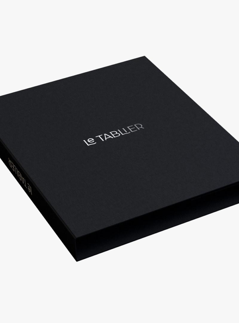 le tablier | schwarze Box mit silbener Beschriftung