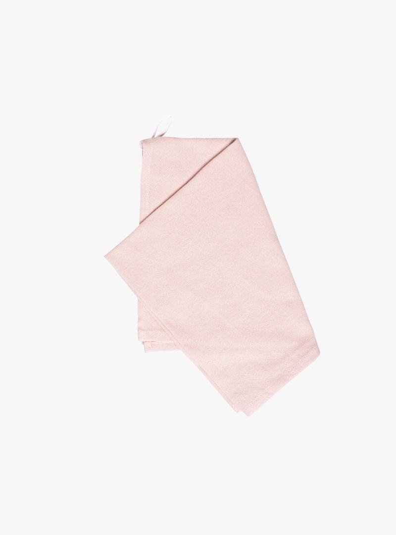 le tablier | rosa Geschirrtuch schräg gefaltet