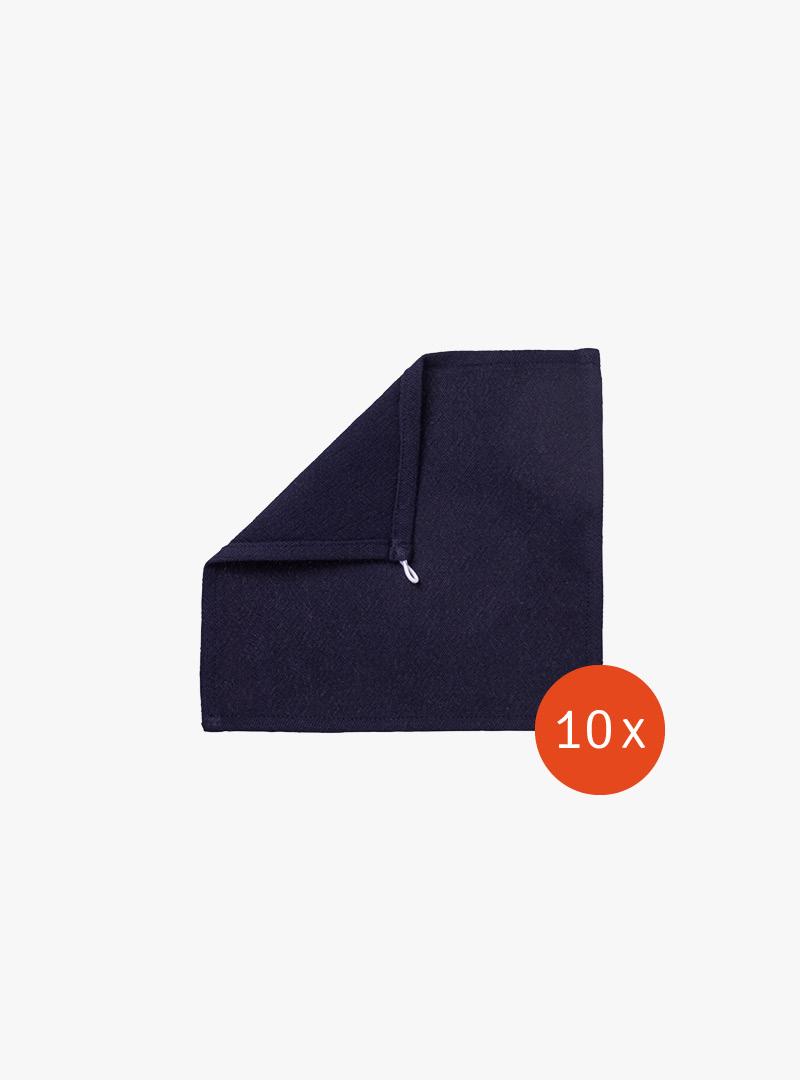 le tablier | dunkelblaues Abtrockentuch in Frontalaufnahme mit umgeschlagener Ecke