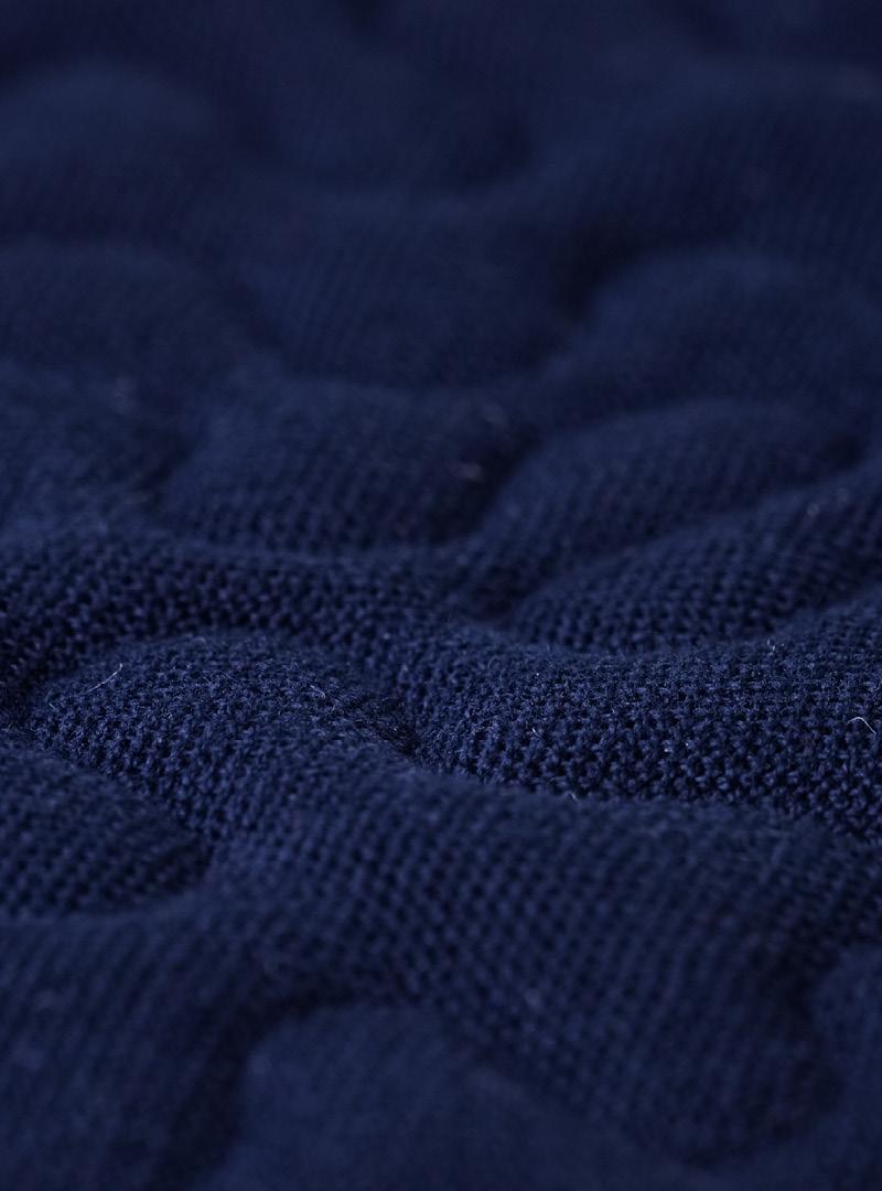 le tablier | dunkelblauer Stoff mit Musterung