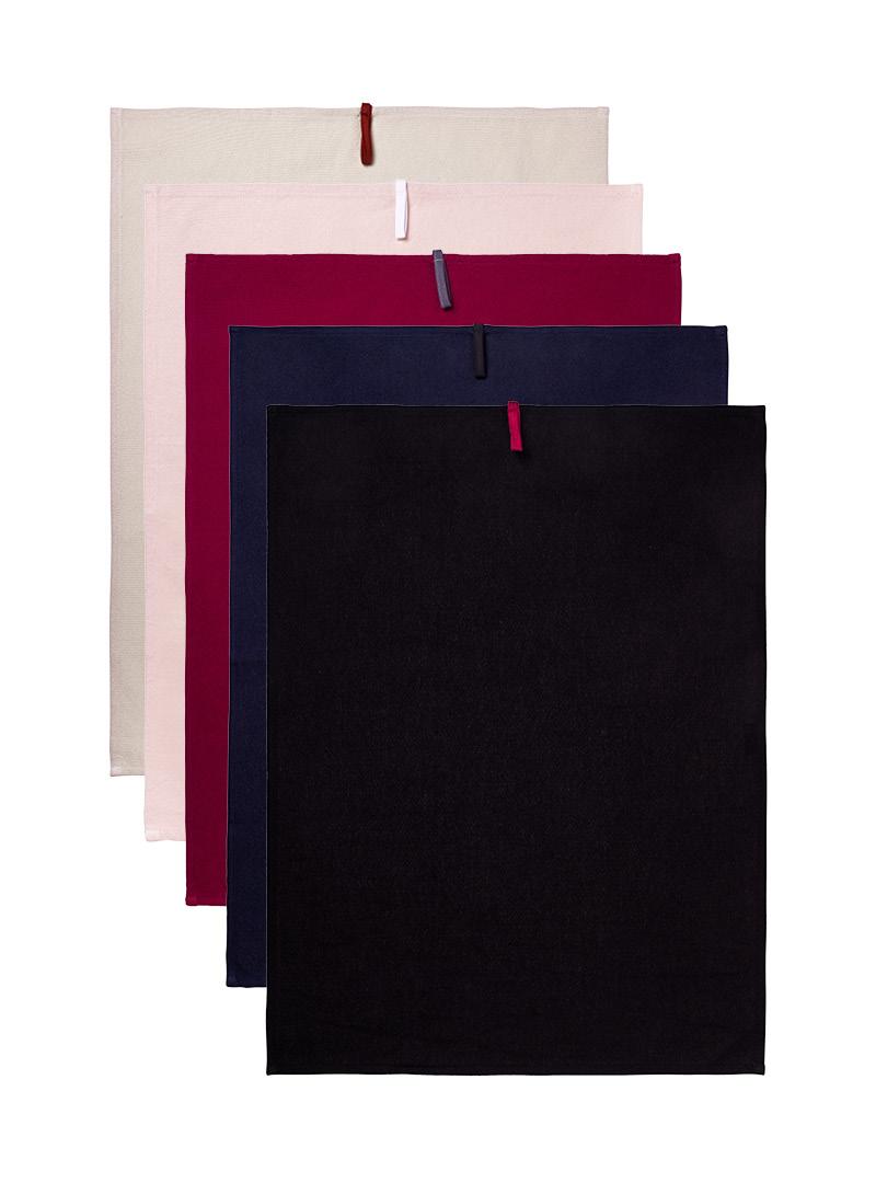 le tablier | Set an Geschirrtüchern in navy blau und schwarz und und dunkelrot und rosa und beige