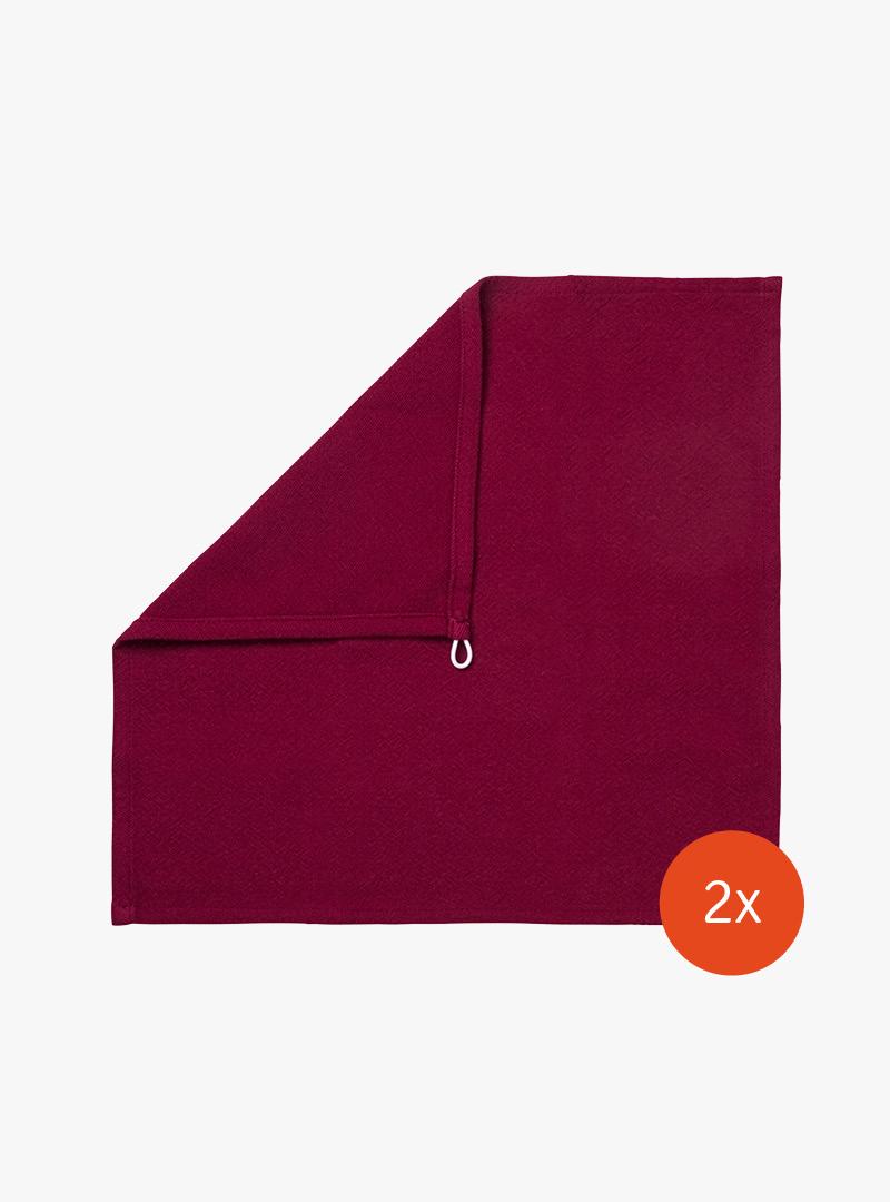 le tablier | rotes quadratisches Abtrockentuch in Frontalansicht