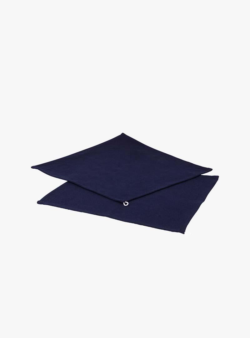 le tablier | dunkelblaue Abtrockentücher von vorne fotografiert