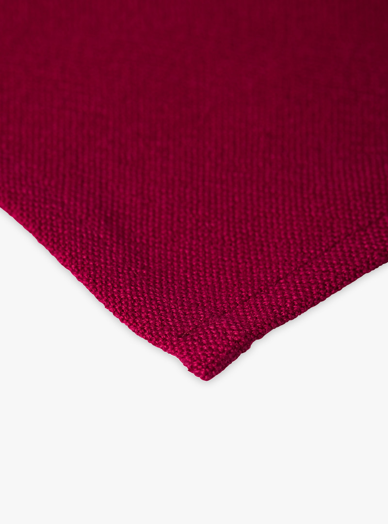 le tablier | rotes Geschirrtuch in Nahaufnahme